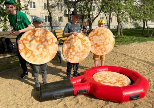 Большой семейный праздник в сквере имени Тимирязева