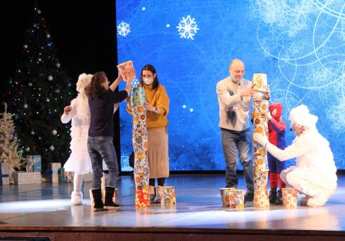 Рождественская свеча для особенной молодежи