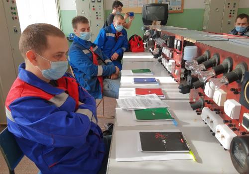 Лучшего электромонтера города определили в пятницу среди молодых работников каменских предприятий