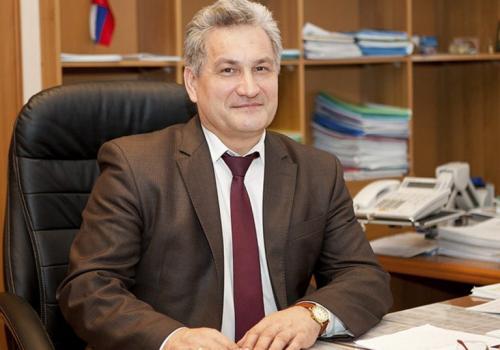 Юрий Иванович Биктуганов, министр образования и молодёжной политики Свердловской области