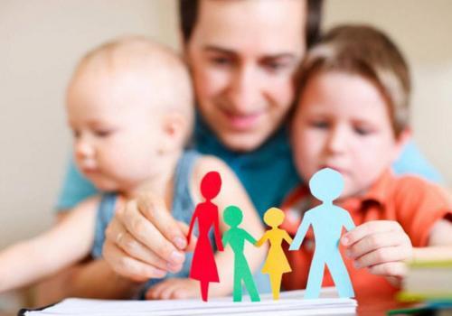 В помощь детям
